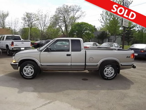 1999 Chevrolet S10 Extended Cab LS 4x4 with Third Door